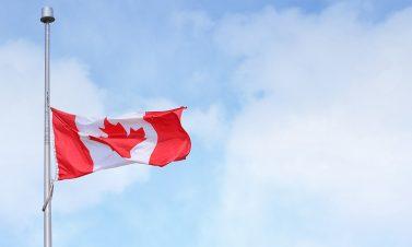 カナダワーキングホリデーの費用